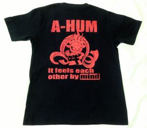 阿吽「ブラック:胸赤×背赤」Tシャツ(背面)